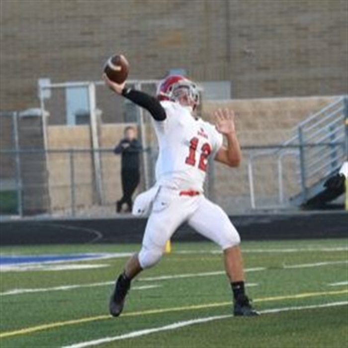 Andoni Bieter Lete gets ready to pass the ball during the fall season of football.