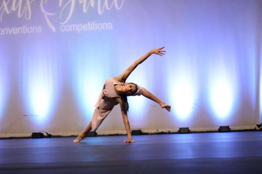 Ananya+onstage+at+a+local+dance+competition