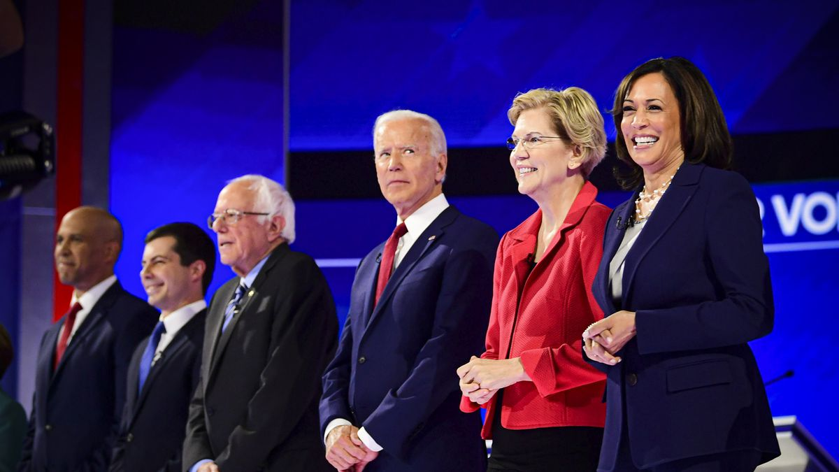 Democratic presidential candidates before the third Democratic primary debate, including (right to left) Harris, Warren, Biden, Sanders, Buttigieg (Frederic J. Brown, Getty images).